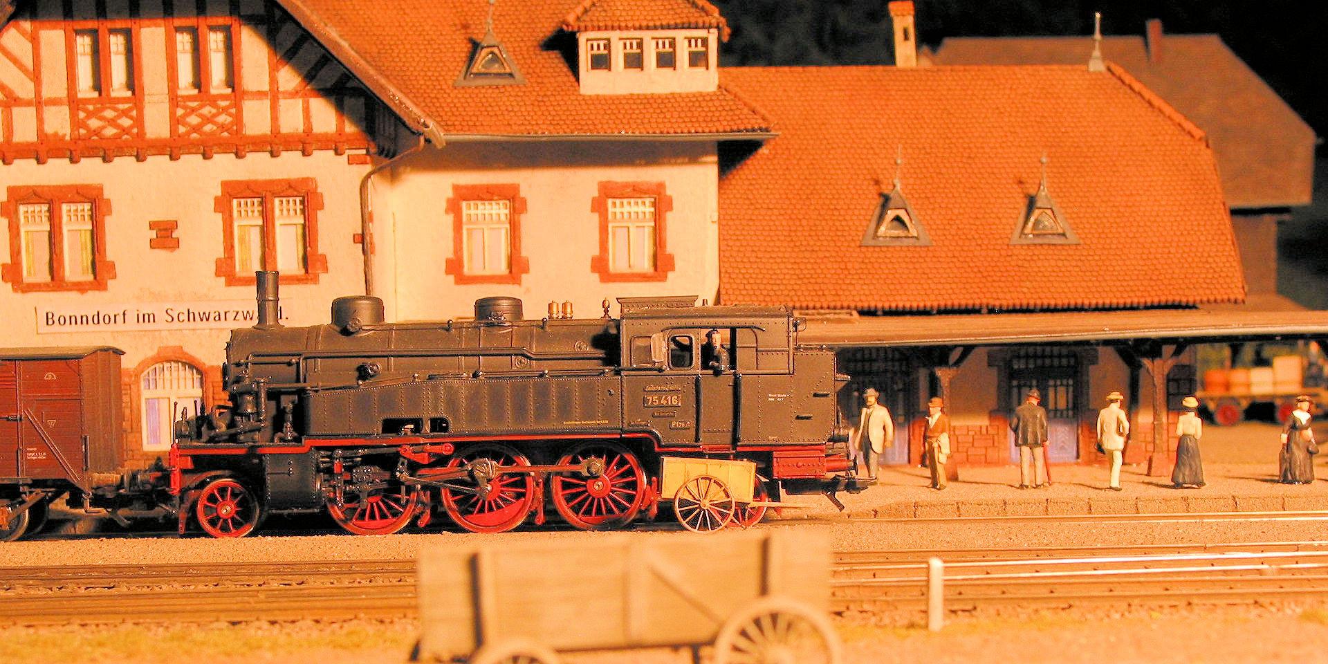 Bahnhof in Bonndorf - Die Bahn in der Scheune